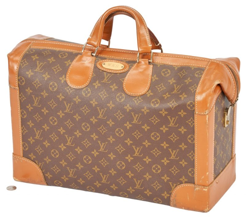 Lot 705: Louis Vuitton Shoe Bag