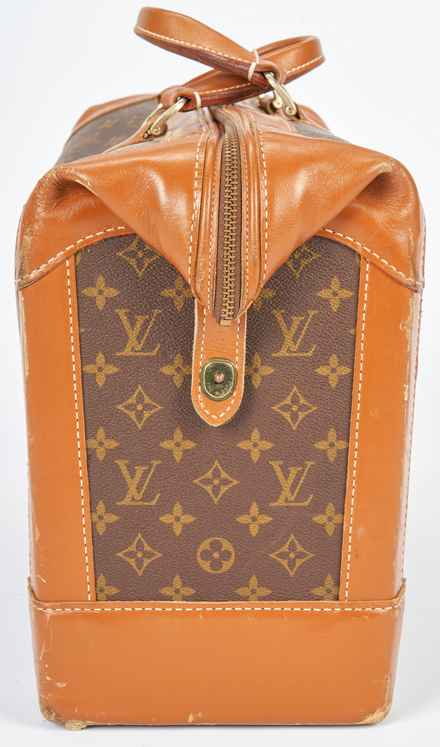 Lot 705: Louis Vuitton Shoe Bag