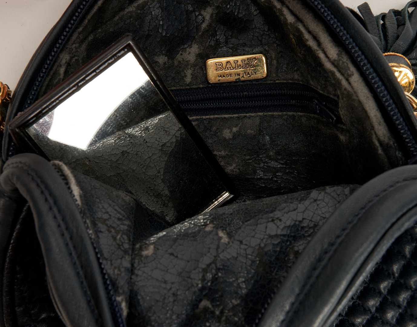 Lot 713: 6 Designer Handbags, incl. Bottega Veneta, Salvatore Ferragamo