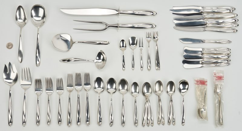 Lot 748: 71 pcs Reed & Barton Sculpture Pattern Sterling Flatware