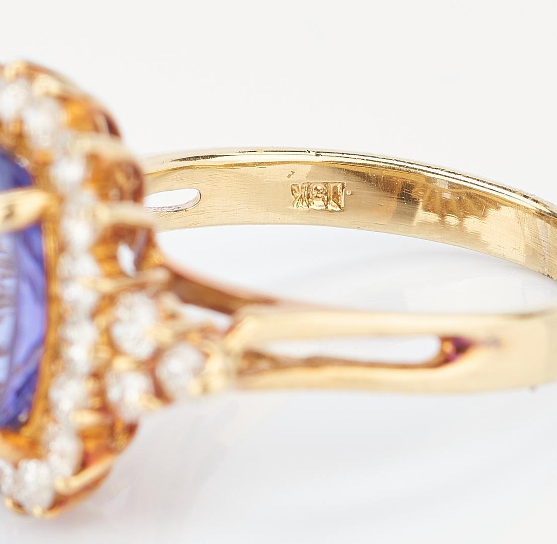 Lot 771: 18K Gold Tanzanite and Diamond Ring