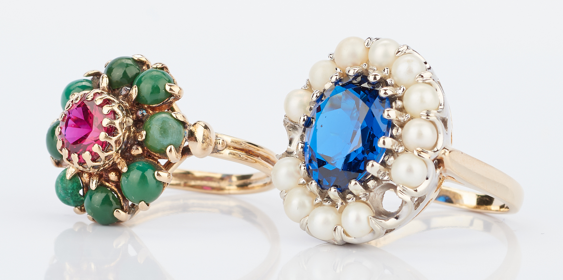 Lot 779: 4 14K & Gemstone Rings and 1 14K & Pearl Greek Pin