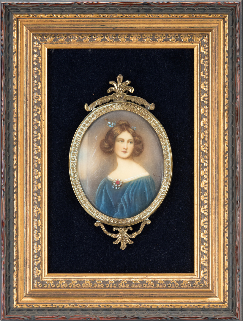 Lot 852: 4 Framed Porcelain Portrait Plaques, Female Subjects