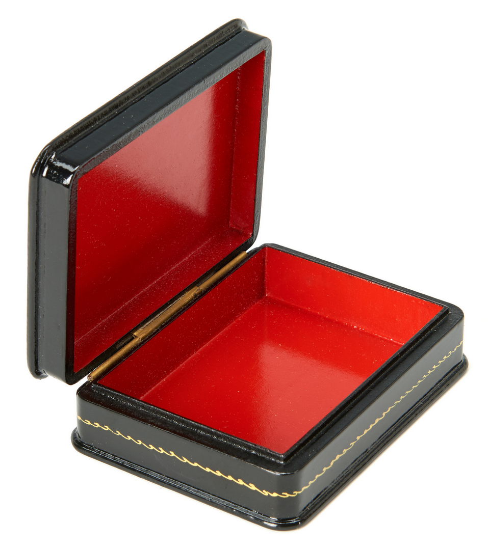Lot 919: 15 Russian Lacquer Boxes