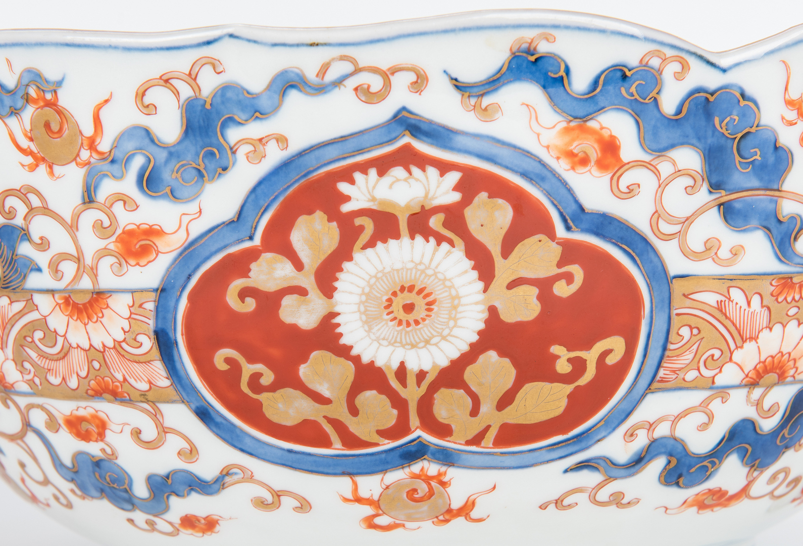 Lot 965: 2 Large Japanese Imari Porcelain Bowls