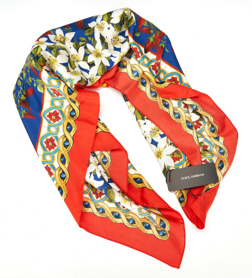 Lot 1027: 5 Designer Scarves. incl. Dolce & Gabbana, Gucci