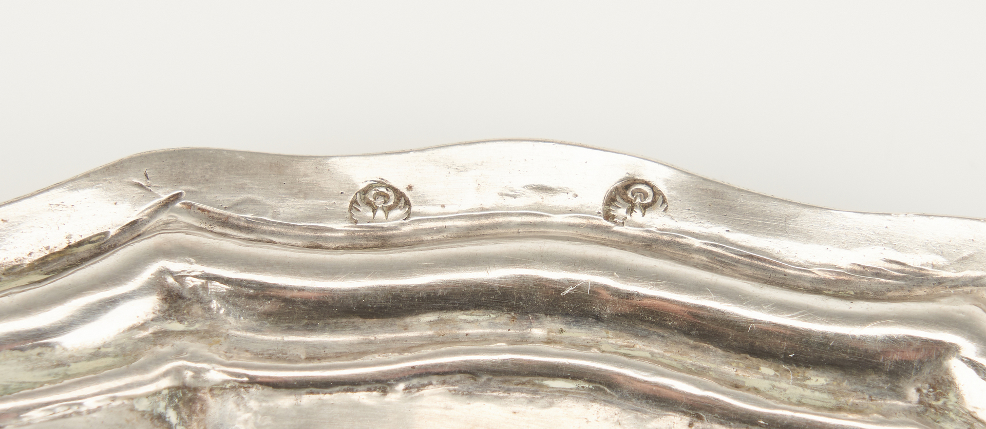 Lot 1044: 5 Continental Silver Plates, 18th century