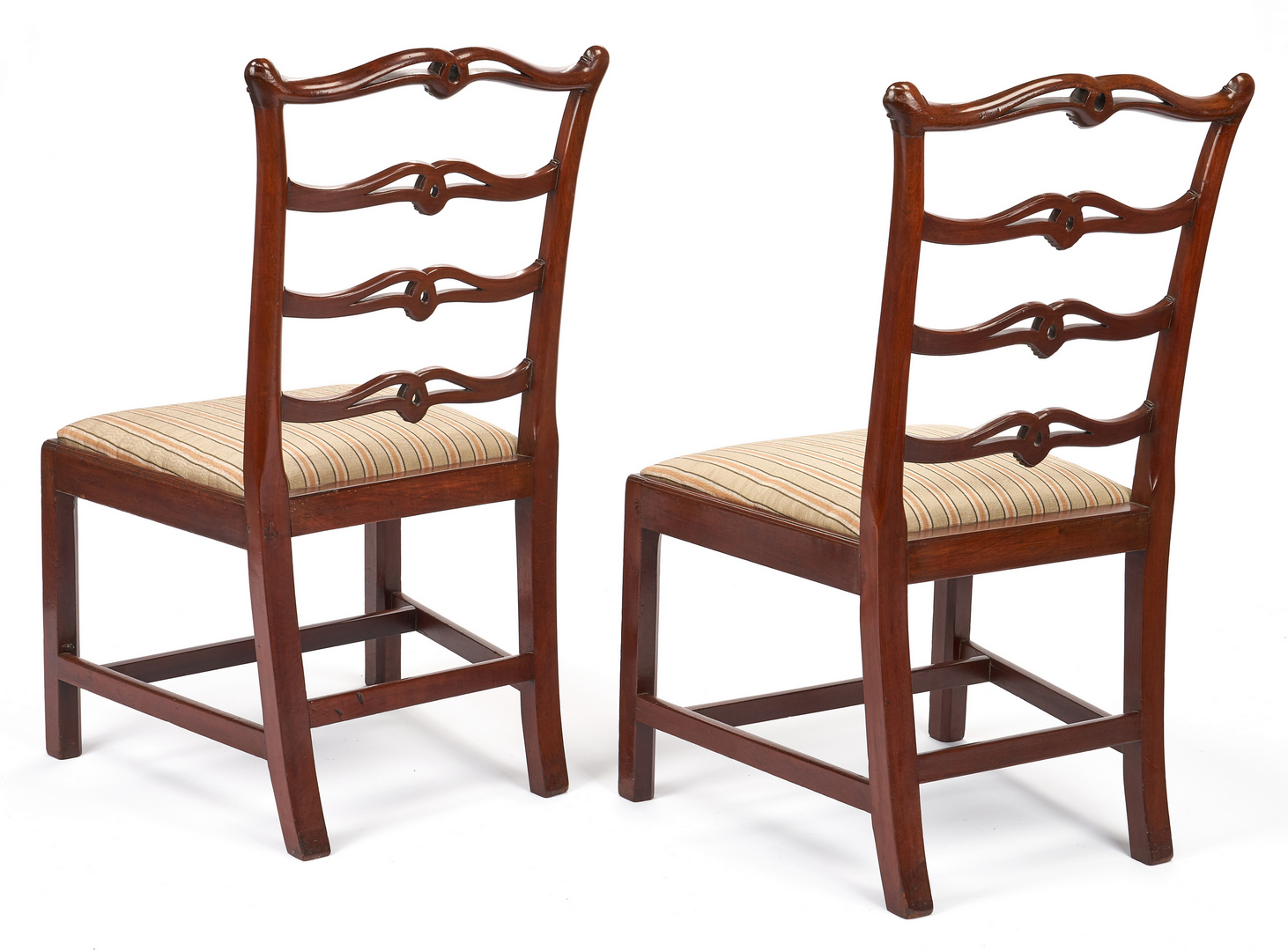 Lot 193: Pair Philadelphia Chippendale Side Chairs attr. Gostelowe