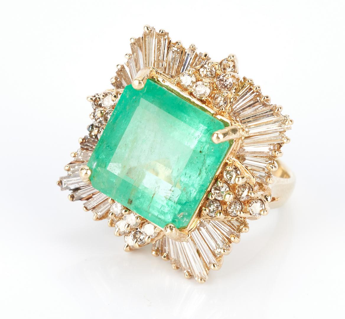 Lot 216: Ladies Square Cut Emerald & Diamond Ring