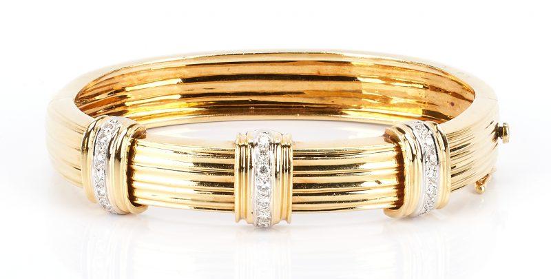 Lot 224: 18K Gold Bangle Bracelet w/ Diamonds