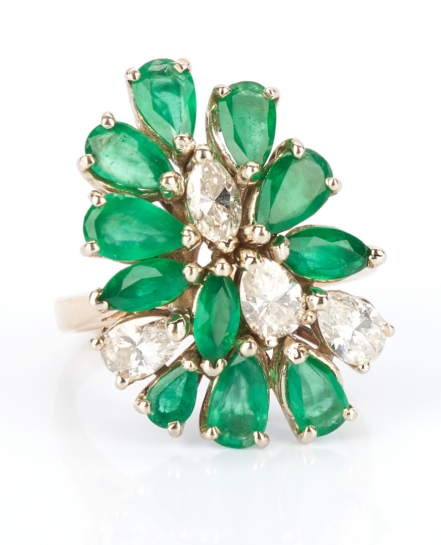 Lot 231: Ladies Emerald & Diamond Dinner Ring