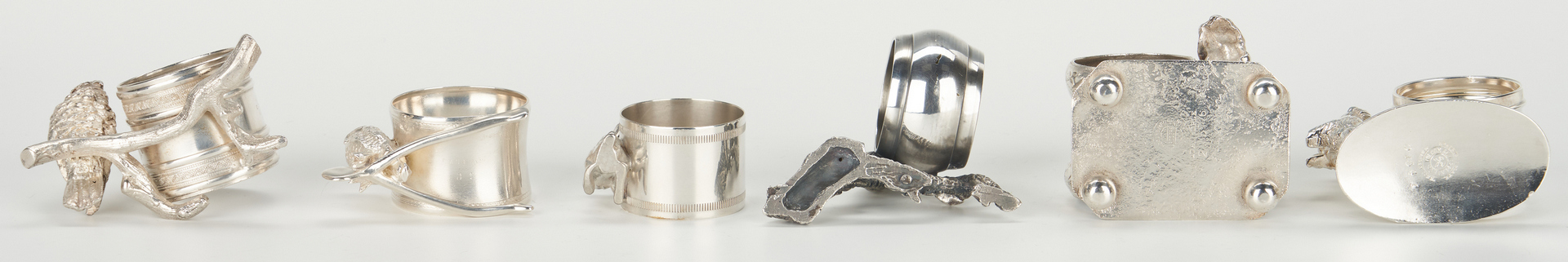 Lot 251: 12 Silverplated Napkin Rings, incl. Animals
