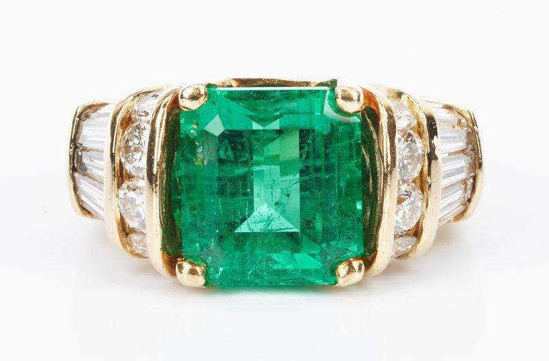 Lot 31: Ladies 18K Emerald & Diamond Ring, 5 Carats