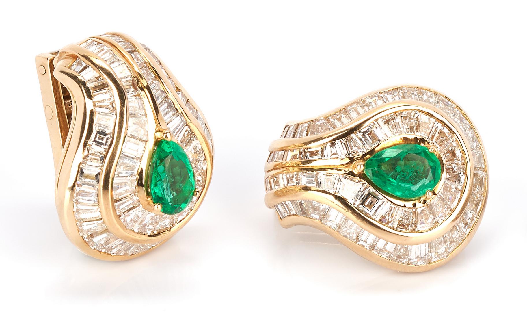 Lot 38: Piaget High Jewelry Earrings Set
