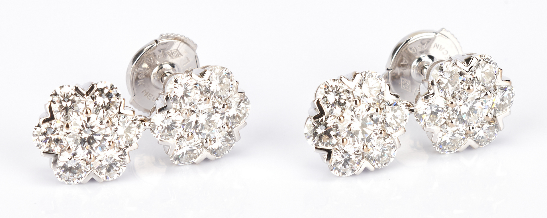 Lot 423: Ladies 18K Diamond Van Cleef & Arpels Pierced Earrings