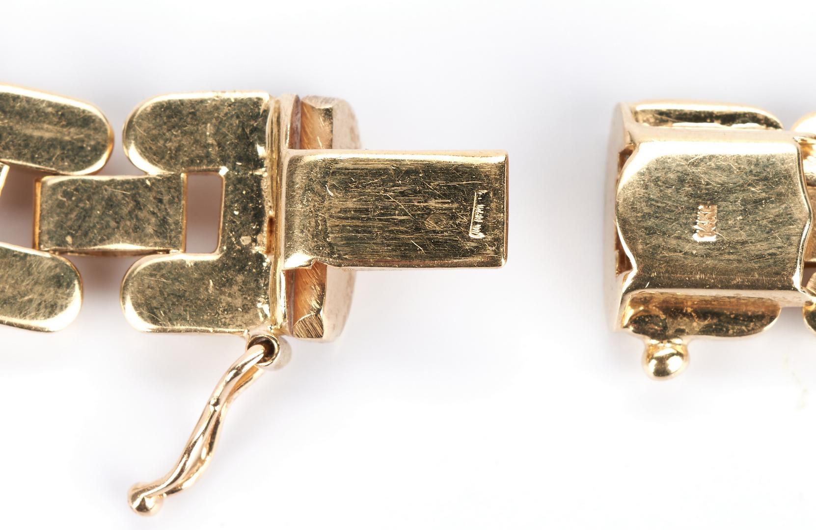 Lot 428: Ladies 14k Gold Link Necklace
