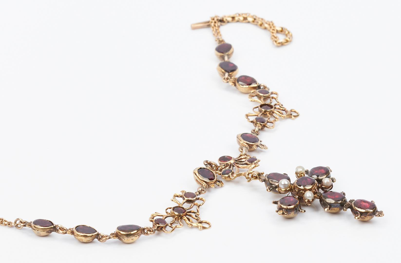 Lot 430: Garnet & 14K YG Austro-Hungarian Period Necklace