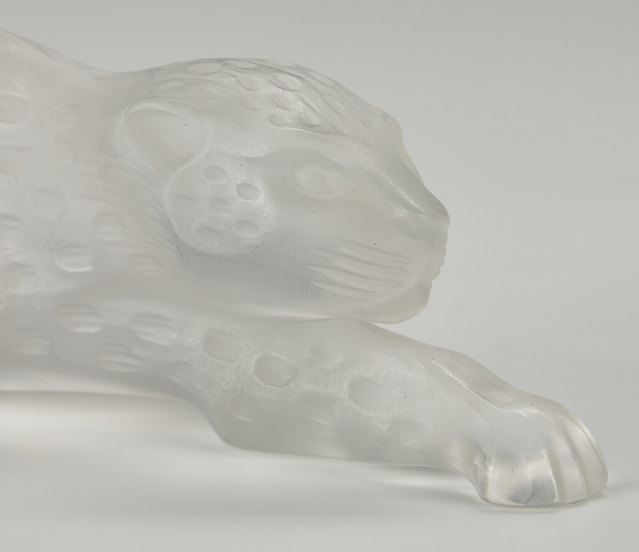 Lot 476: Lalique Crystal Prowling Cheetah