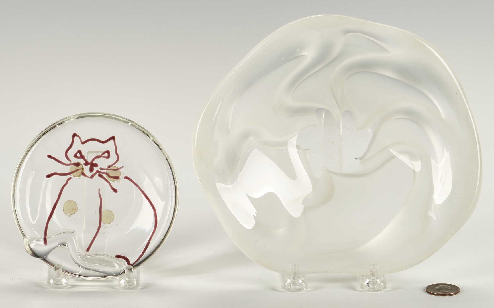 Lot 489: 3 Art Glass Items, incl. Richard Jolley, Tommie Rush