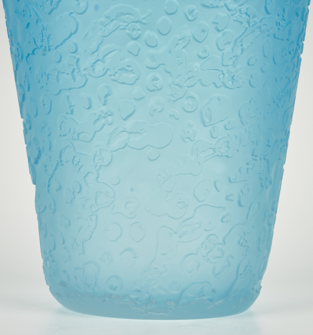 Lot 491: Large Tommie Rush Blue Art Glass Vase