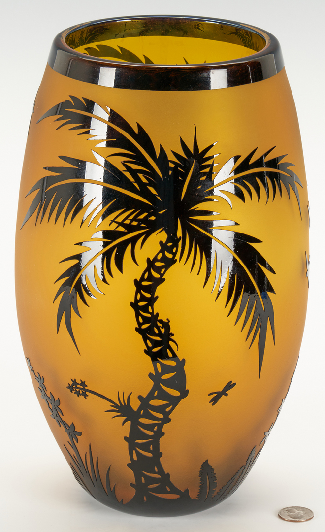 Lot 493: Duncan McClellan Art Glass Vase