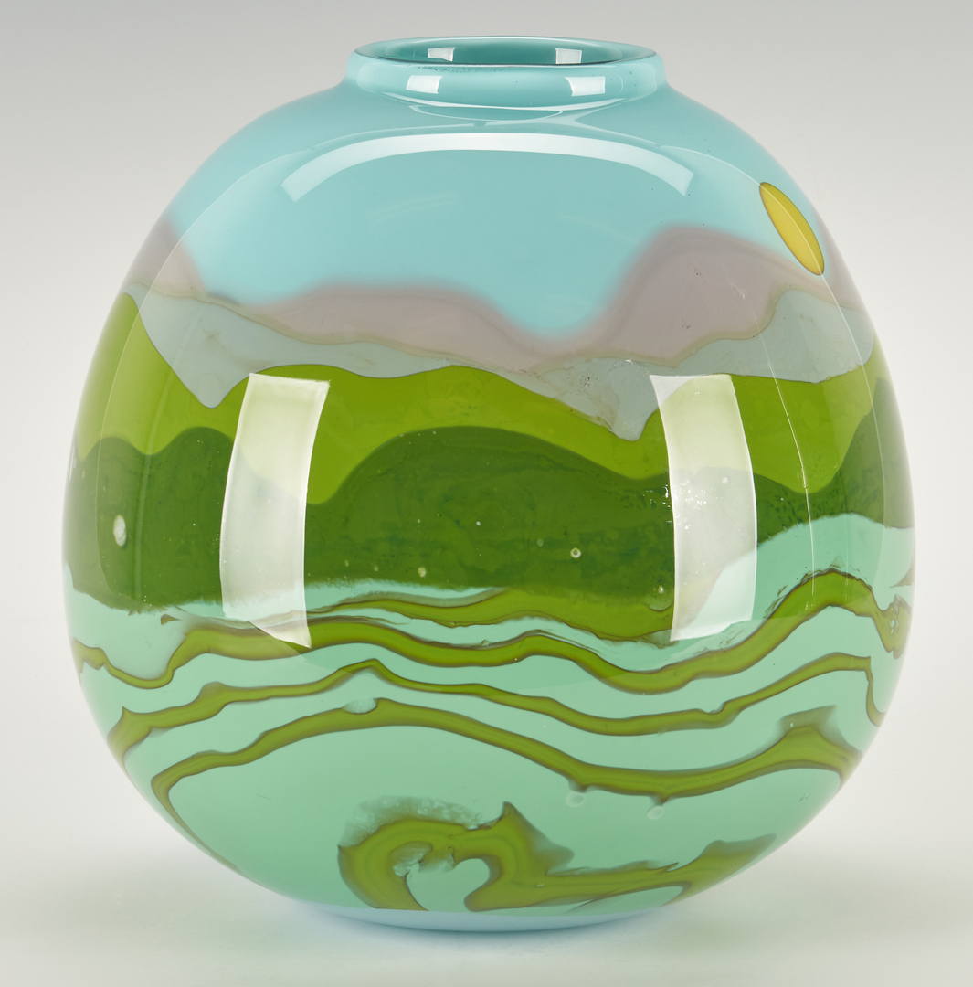 Lot 494: Mark Peiser Art Glass Vase