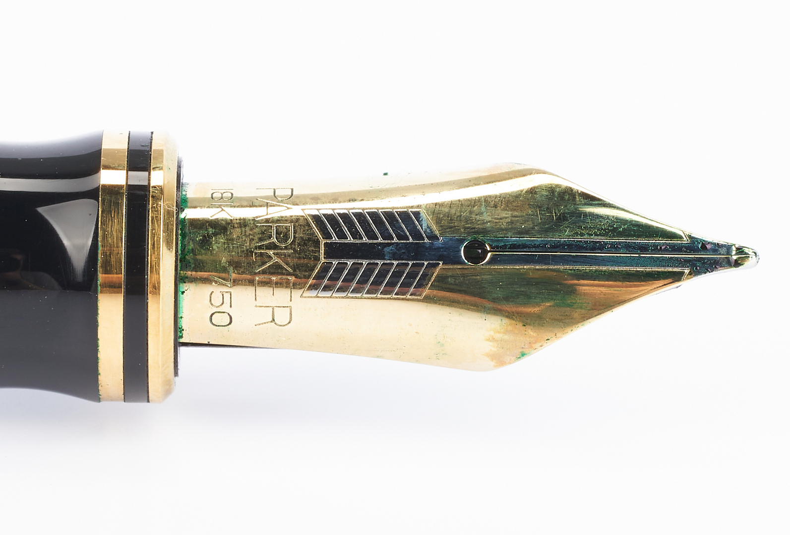 Lot 53: 2 Parker Fountain Pens, incl. MacArthur Ltd. Ed.