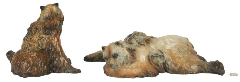 Lot 551: Pr. Jerry McKellar Bronze Bear Sculptures