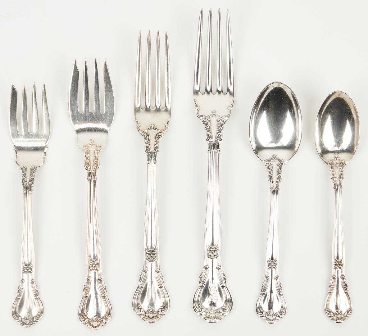 Lot 60: 153 Pcs. Gorham Chantilly Sterling Silver Flatware