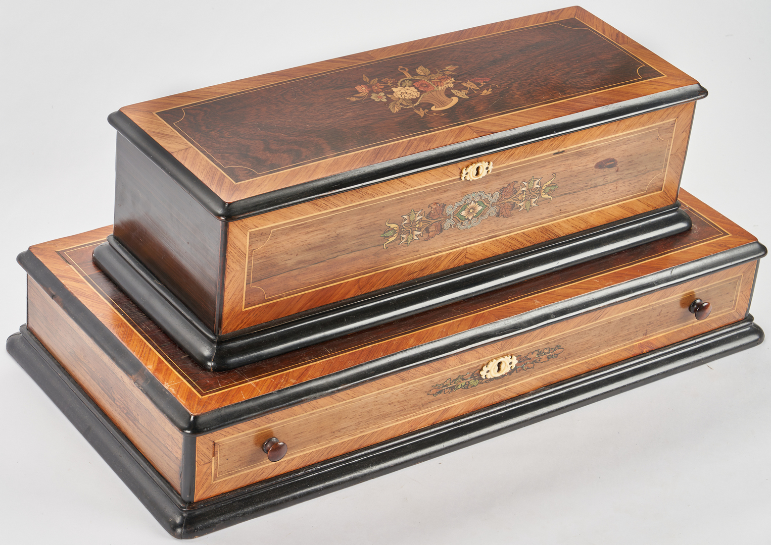 Lot 645: Swiss Marquetry Cylinder Music Box