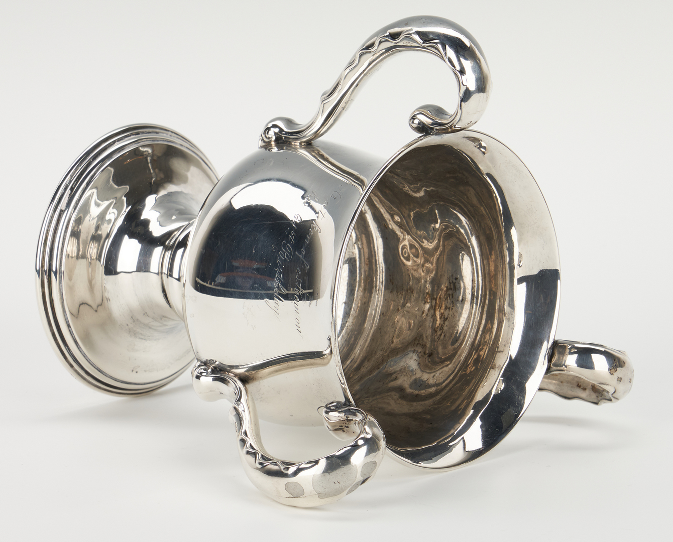 Lot 754: Loving Sterling Cup, Juleps, and miniature trays, 5 items