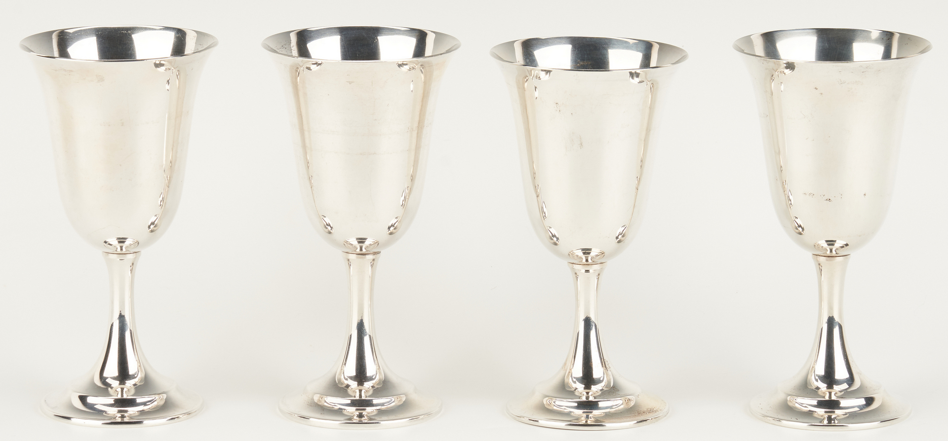 Lot 804:  8 International Lord Saybrook Sterling Silver Goblets
