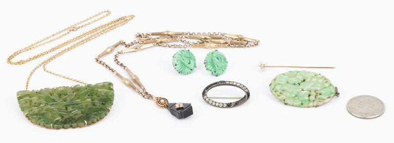 Lot 814: 6 Jewelry Items incl. Gold and Sterling Necklaces, Pins, and Earrings