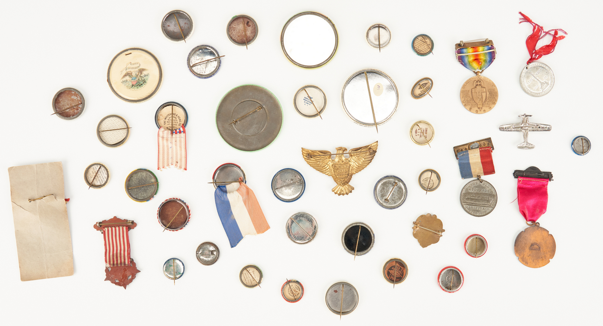 Lot 1014: Group of War Related Buttons, incl. WWII