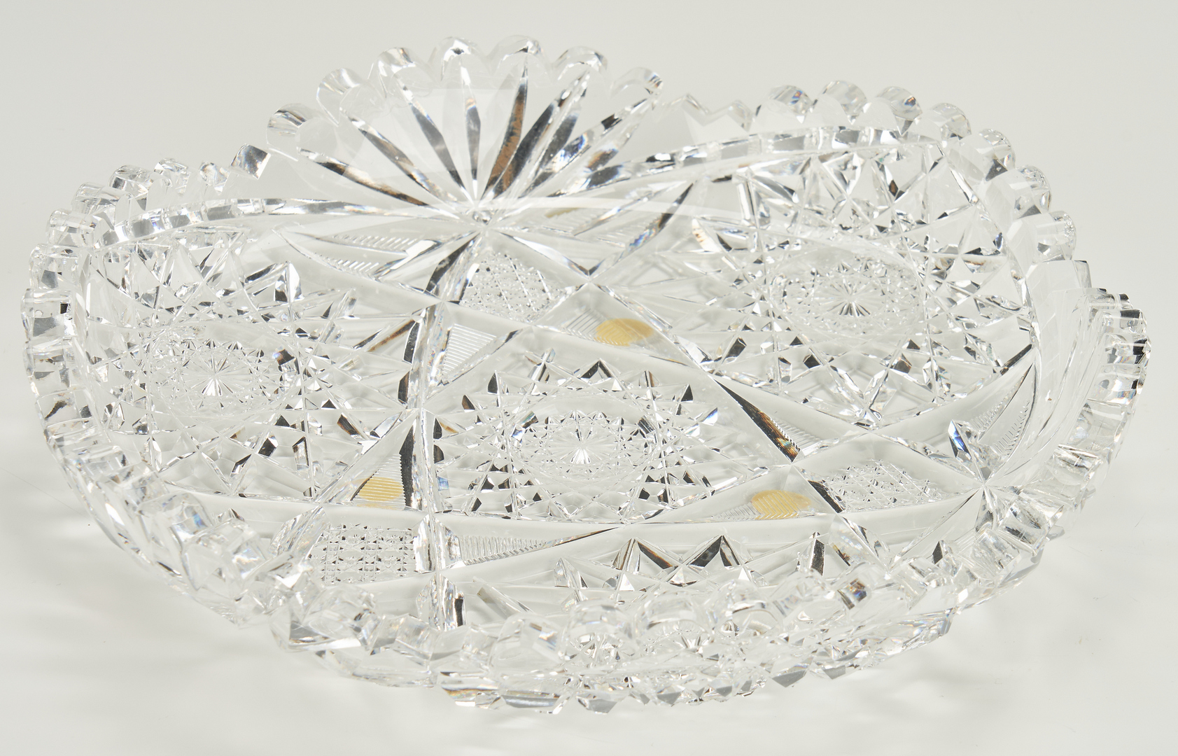 Lot 1077: 11 Decorative Glass Items incl. ABPCG