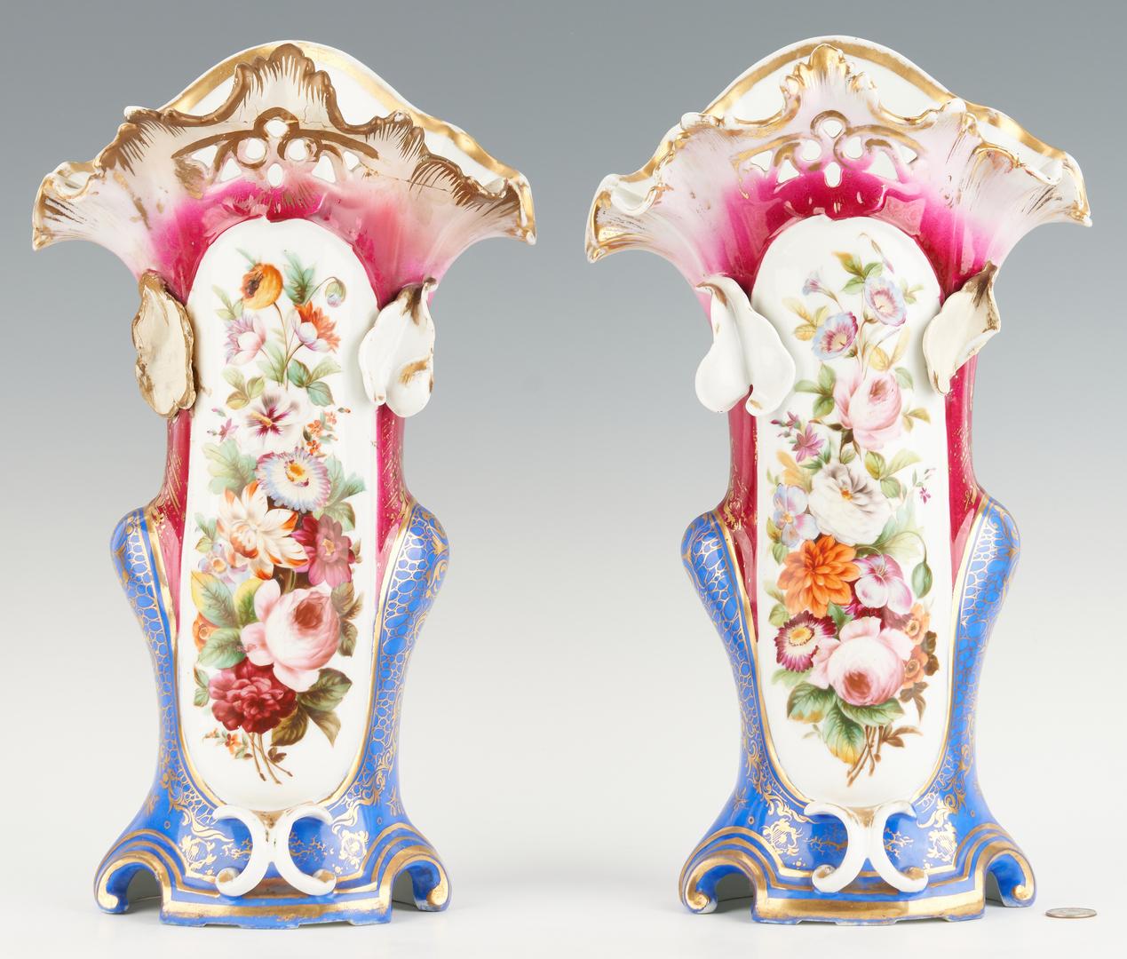Lot 1089: 2 Pairs Old Paris Porcelain Vases