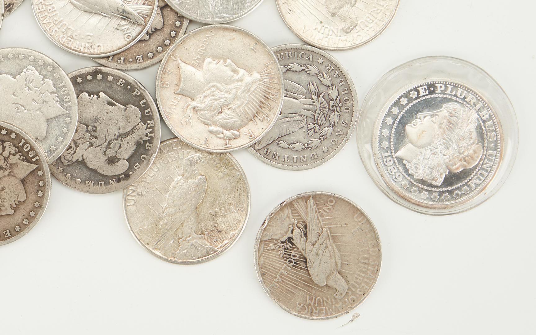 Lot 1161: 13 Morgan & 18 Peace Silver Dollars, 32 items