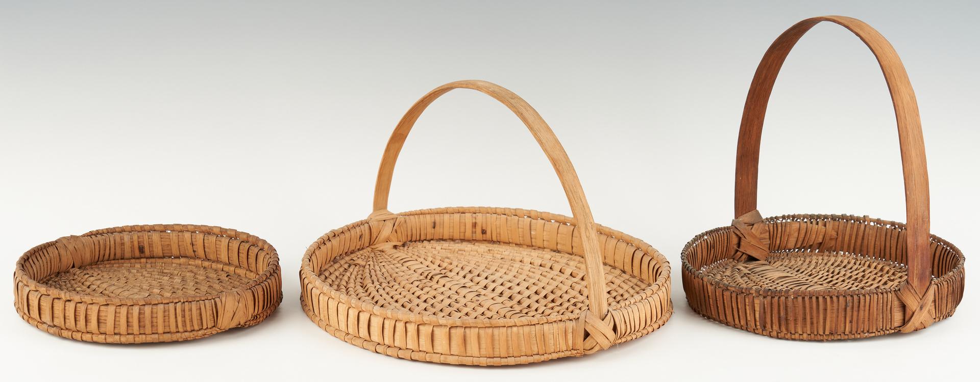 Lot 204: 3 Southwest VA Flat Baskets incl. Pie Form