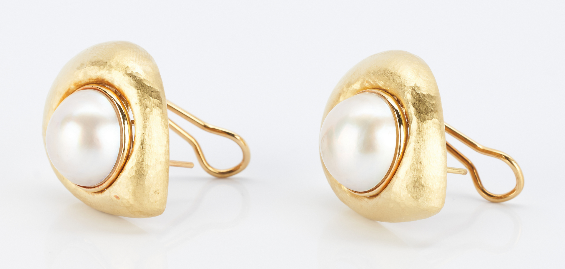 Lot 269: Pair Lombari Vendorafa 18K Mabe Pearl Earrings