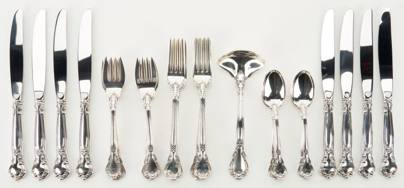 Lot 295: Gorham Sterling Chantilly Flatware, 32 pcs.