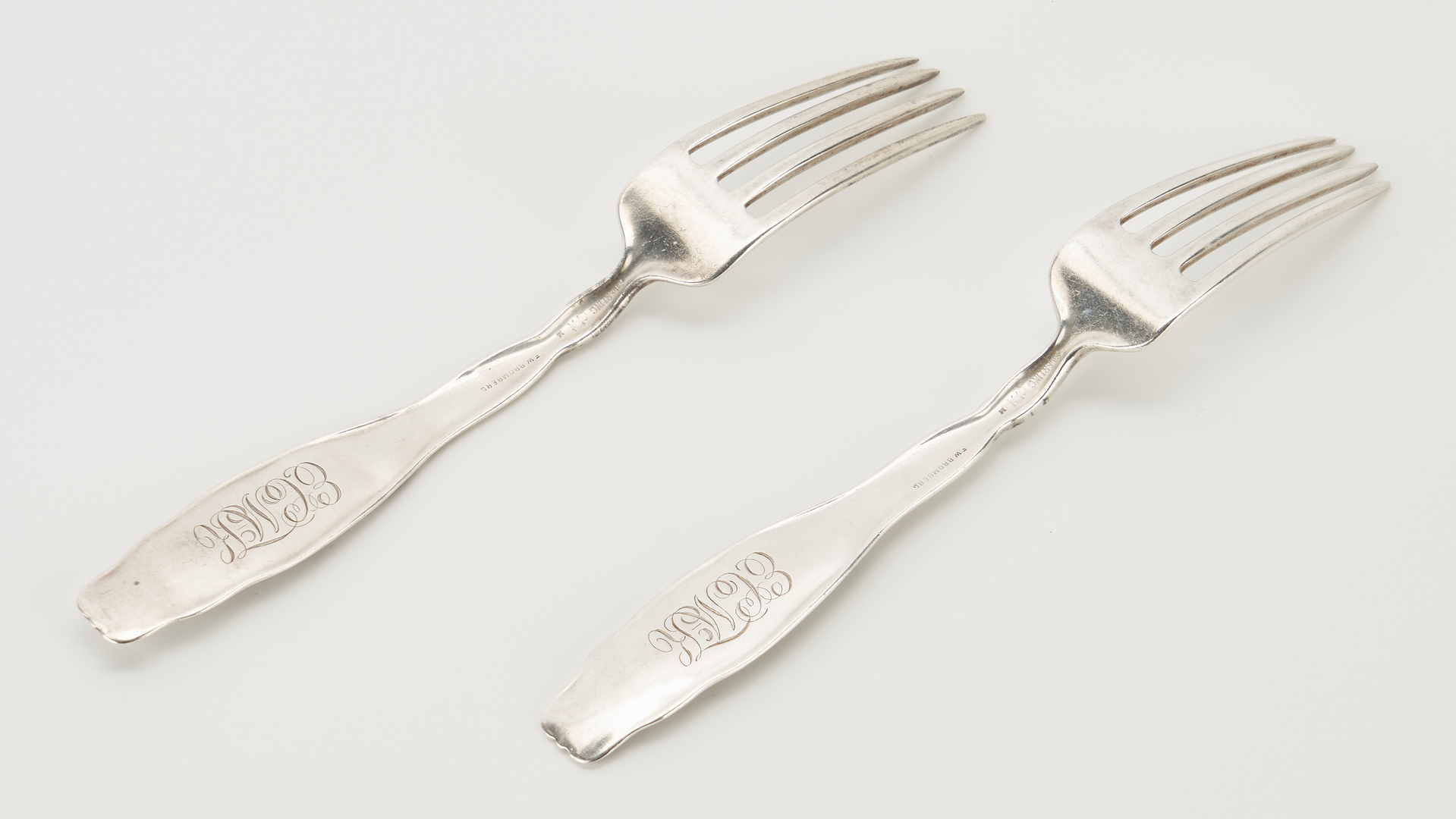 Lot 296: 50 Pcs. Whiting Lily of the Valley Sterling Flatware