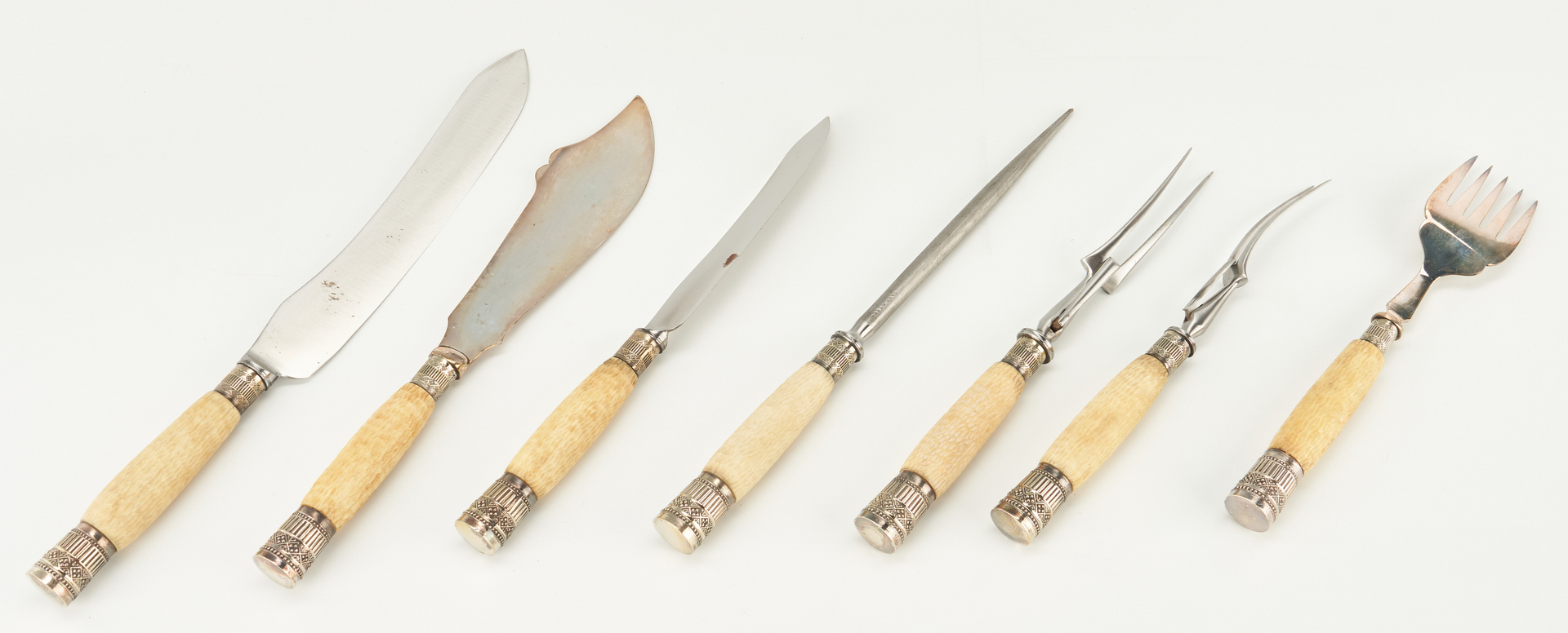 Lot 299: Horn and Silver Carving set, Snuff Mull, & Pipes