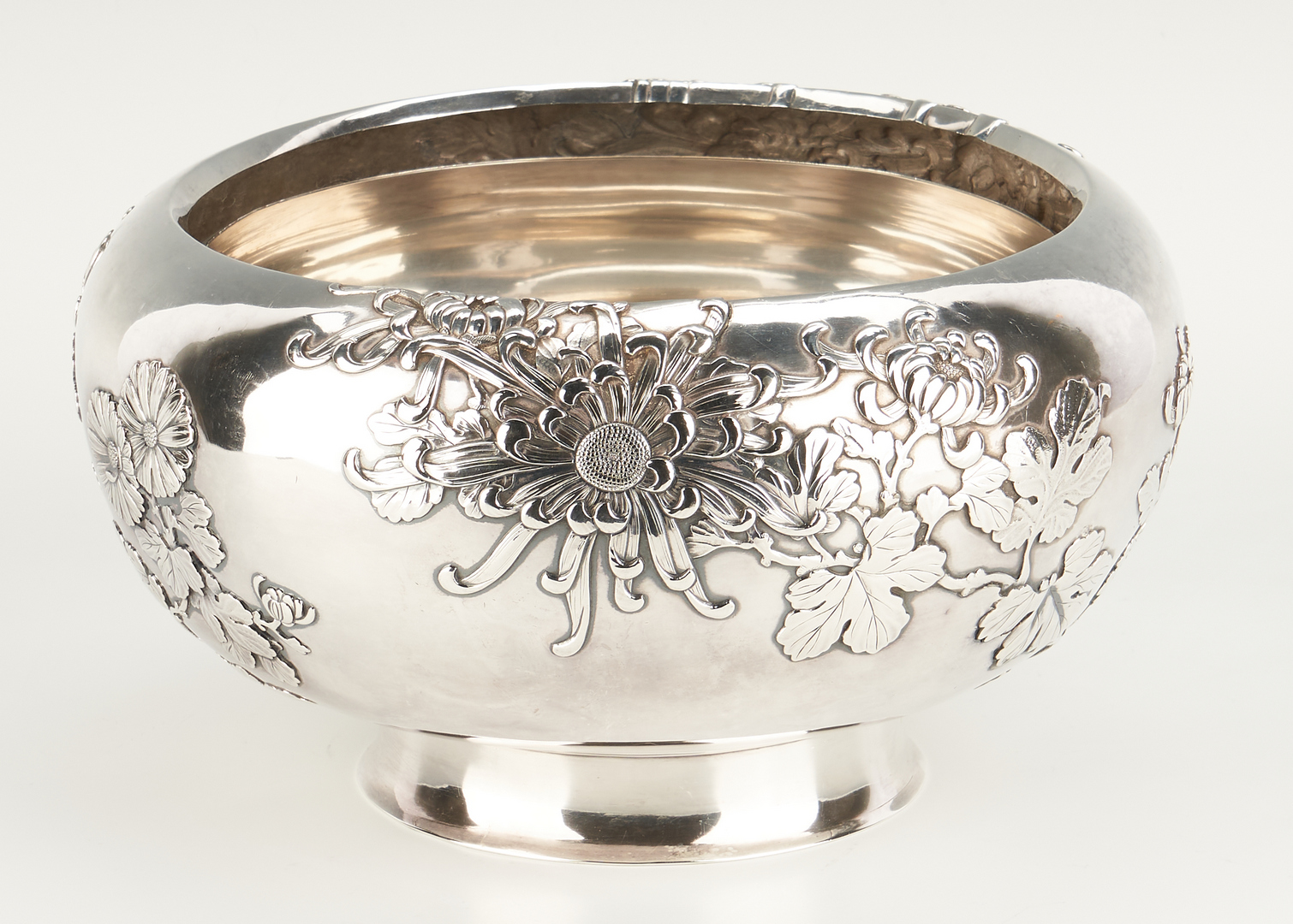 Lot 2: Japanese or Chinese Export Silver Bowl