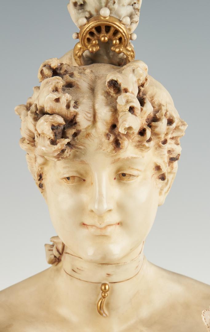 Lot 303: 2 Amphora Porcelain Busts incl. Stellmacher