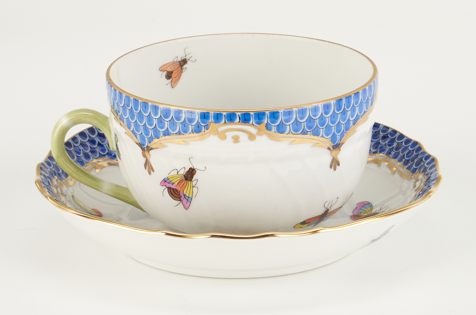 Lot 314: 36 Herend Rothschild Bird Blue Pattern Items