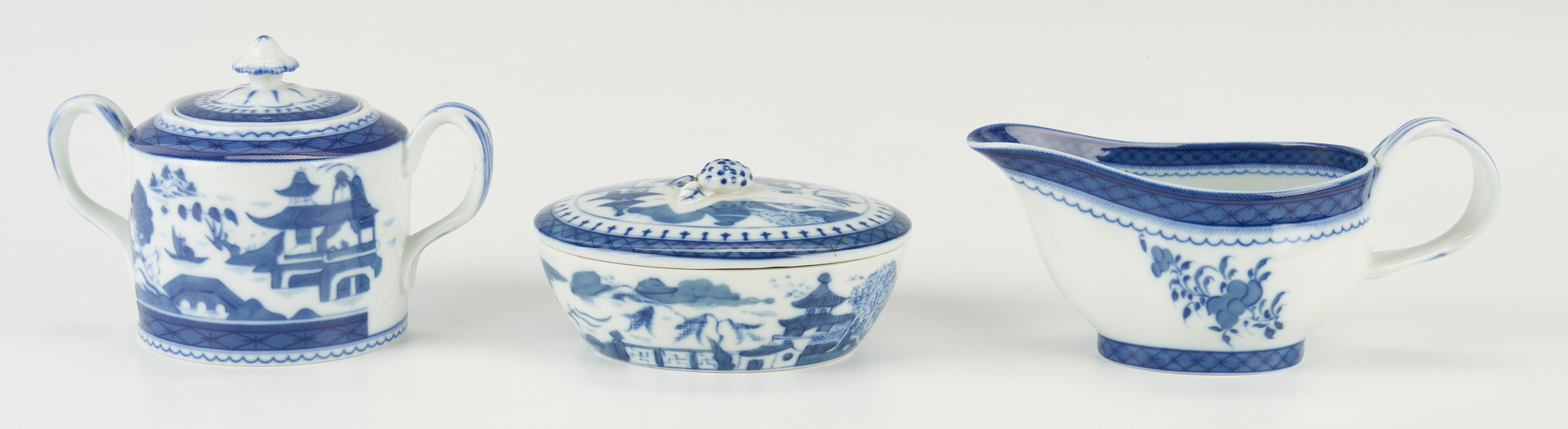 Lot 317: 16 Mottahedeh, Historic Charleston, Canton Serving Pieces