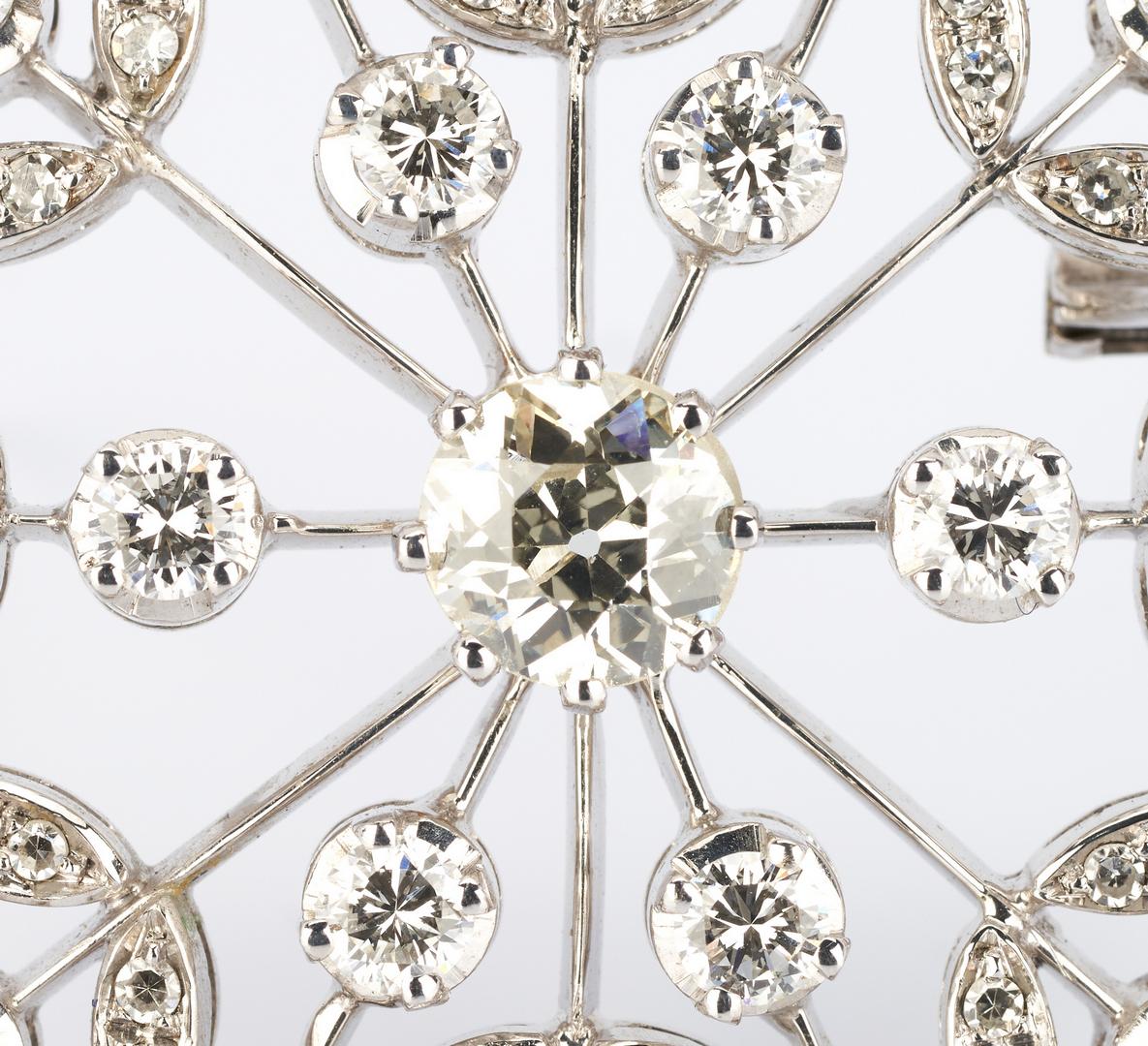 Lot 31: Ladies 18k WG Brooch, Mine Cut Diamond