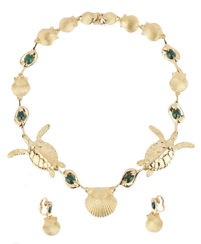Lot 38: 18K Gold Sea Turtle & Shell Necklace & Earrings, Harvey