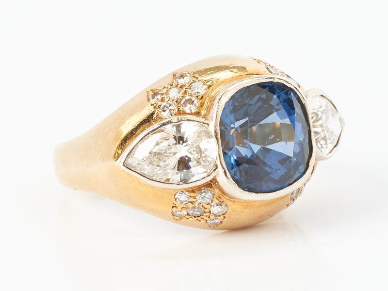 Lot 40: Ladies 18K & 14K Diamond and Sapphire Ring