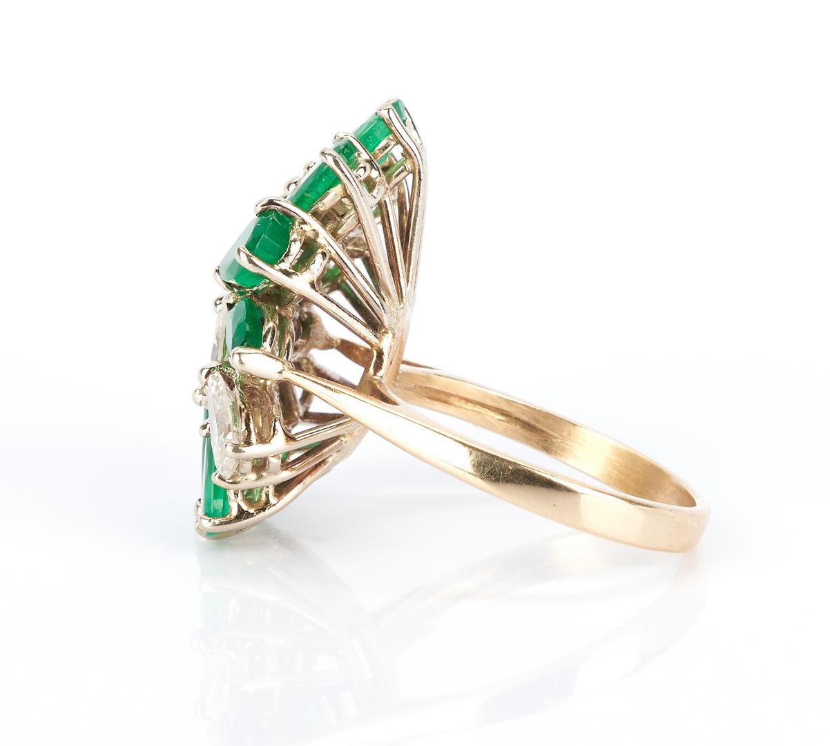 Lot 487: Ladies Emerald & Diamond Dinner Ring